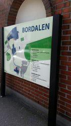 Stort oversiktsskilt til Bordalen i Åseral