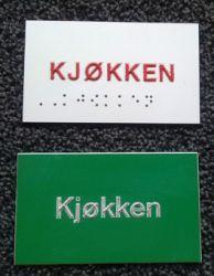 (Punktskrift dvs. braille).