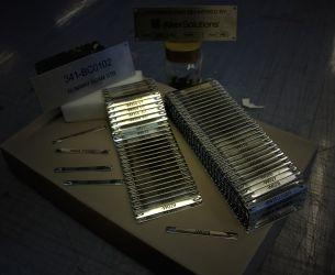Industriskilt- syrefaste kabelskilt. Kan leveres med syrefaste strips.