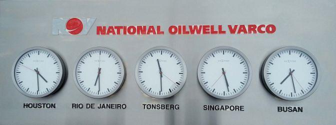 Klokker for tiden i forskjellige byer rundt i verden for National Oilwell Varco